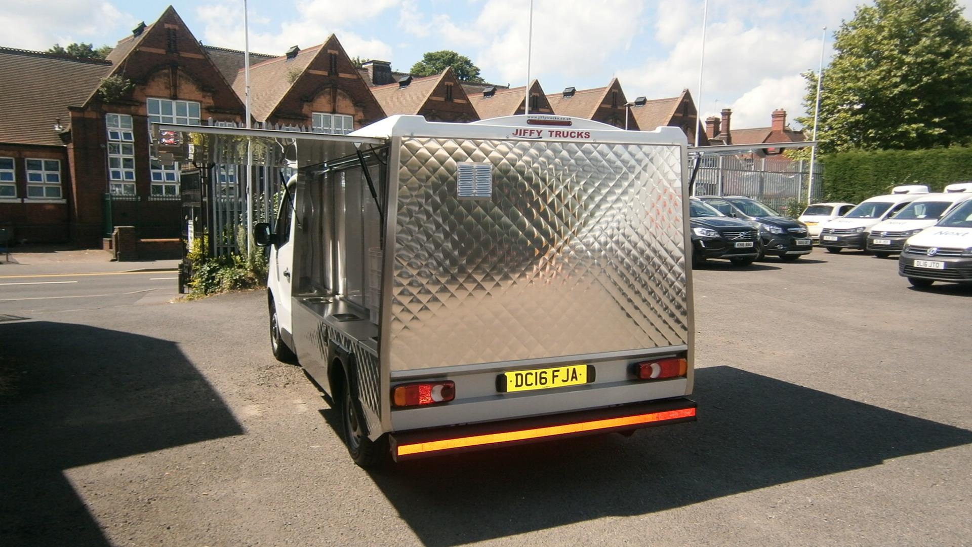 Jiffy Bistro Van