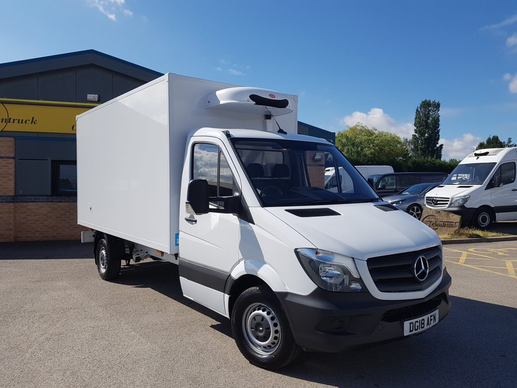 Large refrigerated box van