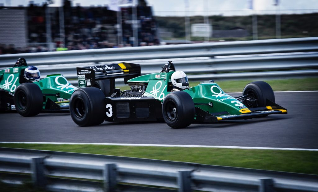 two benneton f1 cars