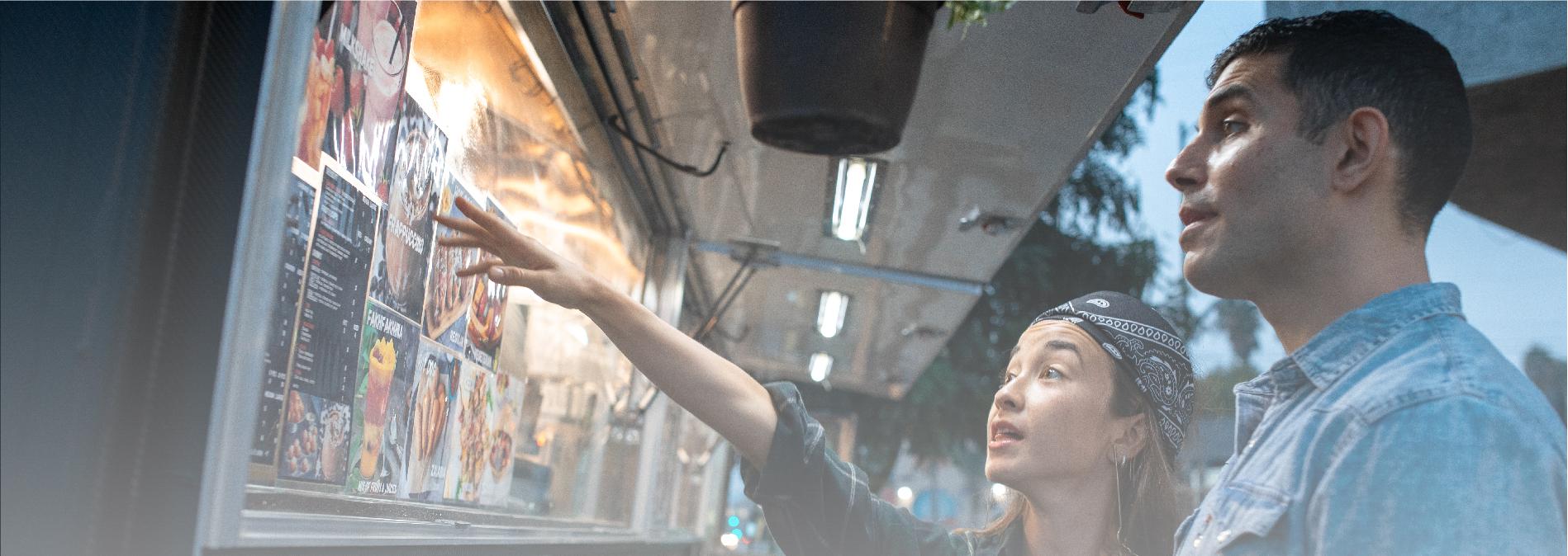 woman choosing street food